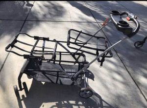 Twin babies stroller, baby bather, and baby bath 🛀 for Sale in El Cajon, CA