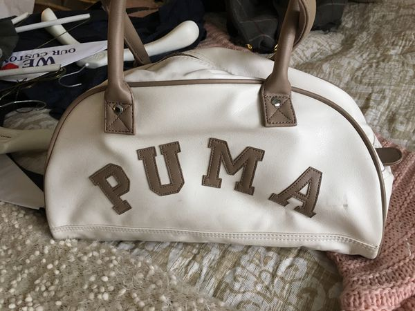 7191b288bf9 Puma small bag, great for the beach. Excellent condition. for Sale ...