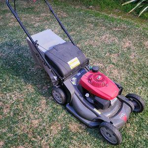 Honda Lawnmower HRX 217 for Sale in Whittier, CA