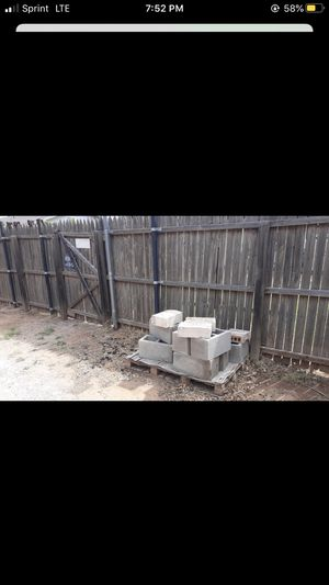 FREE BRICK for Sale in Midland, TX