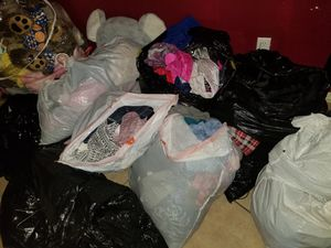 Very good condition semi used clothes.. for Sale in Los Angeles, CA