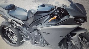 black2008 Yamaha r1 for Sale in Wheaton, IL