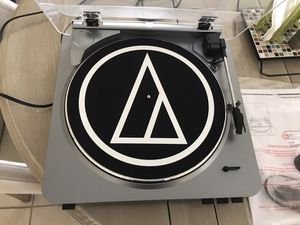 Audio-Technica stereo turntable for Sale in Clearwater, FL