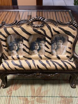 ZEBRA PRINT BENCH PHOTO FRAME for Sale in St. Louis,  MO