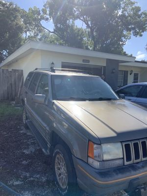 1995 Jeep Grand Cherokee Limited Edition 4x4 for Sale in Clearwater, FL