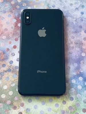 iPhone X 64GB Clean Unlocked AT&T T-Mobile Metro Boost Cricket Sprint , Verizon, Telcel for Sale in Long Beach, CA