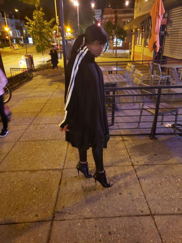 Black flowy Kimono Stlye