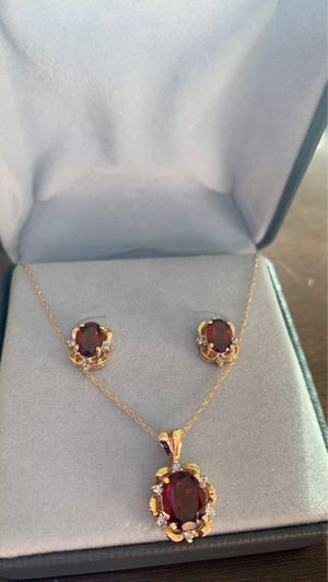 14k yellow gold garnet and diamonds set for Sale in Miami Beach, FL