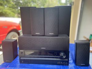Onkyo receiver HTR590. HDMI master audio av speakers center channel for Sale in Lutz, FL