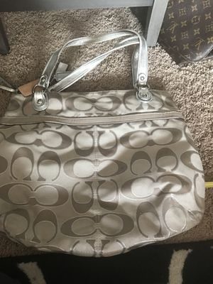 Tan Coach Shoulder Bag for Sale in Denver, CO