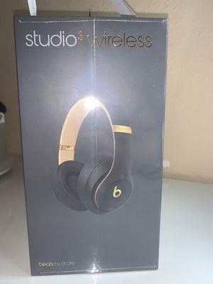 beats studio 3 wireless headphones for Sale in Bedford Park, IL
