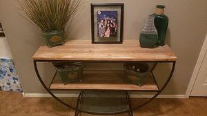Entry Way Table for Sale in Goodyear, AZ