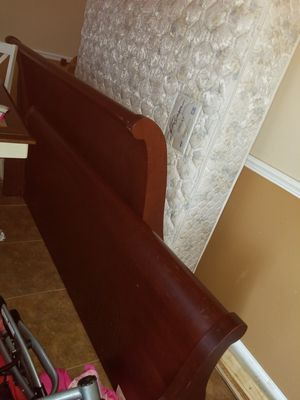 King bed frame, mattress, box springs for Sale in Orlando, FL