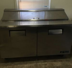 Commercial salad fridge for Sale in Fresno, CA
