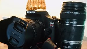 Canon Rebel t5 dslr camera with 18-55mm 55-250mm lenses and camera bag for Sale in Carbondale, PA