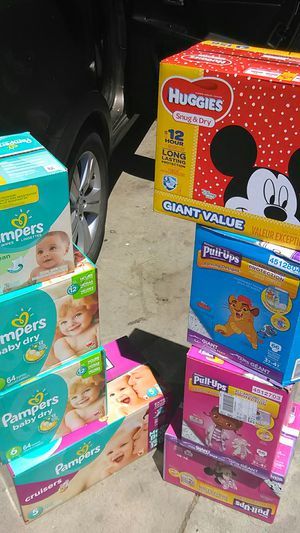 PAMPERS&PULLUPS&HUGGIES&BOX OF WIPES for Sale in Stockton, CA