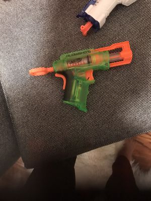 NERF GUN GLOWSCHOCK NEVER USED WITH EXTRA BULLETS for Sale in Roseland, NJ