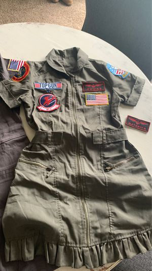 Tops Gun Halloween Costume: Goose, Maverick, Women's Small for Sale in Post Falls, ID