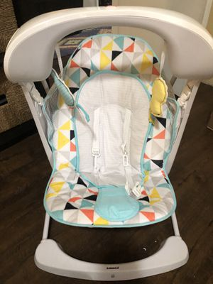 Fisher-Price Deluxe Take-Along Swing & Seat for Sale in Hillsboro, OR