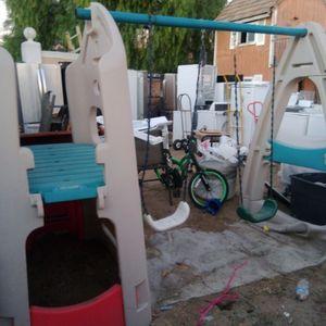 Kids Swing Set $85 for Sale in Fontana, CA