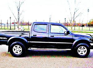 ֆ14OO 4WD Toyota Tacoma 4WD for Sale in Amarillo, TX