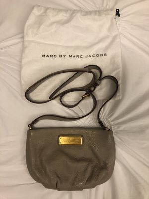 Marc Jacobs Crossbody for Sale in MONTGOMRY VLG, MD