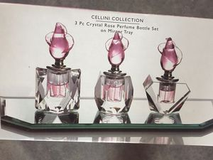 Perfume bottle set for Sale in Millersport, OH
