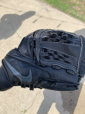 Nike baseball gloves brand new for Sale in Monterey Park, CA