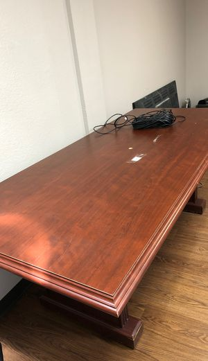 Conference table - 6ft. FREE. Needs to go today or tomorrow for Sale in Austin, TX