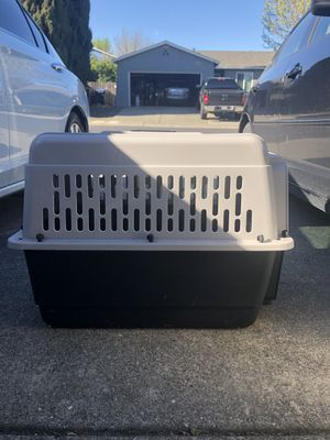 Medium dog crate for Sale in Fairfield, CA