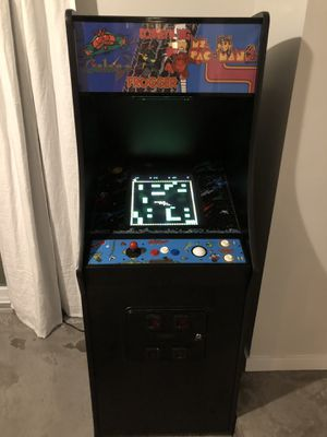 Arcade Game, tons of classics, fun for the whole family. Great condition for Sale in Miami, FL