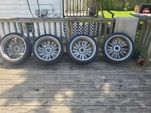 "20"" rims came off of a 04 Grand Prix universal bolt pattern for Sale in Columbus, OH"