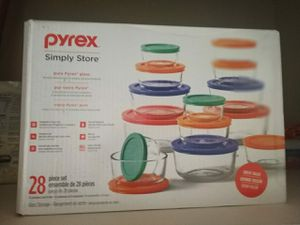 Pyrex 10 boxes with lids for Sale in Pepper Pike, OH
