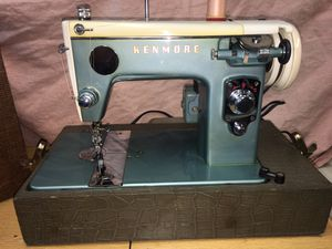 1956 Kenmore 159.261 Sewing Machine with original case for Sale in Thonotosassa, FL