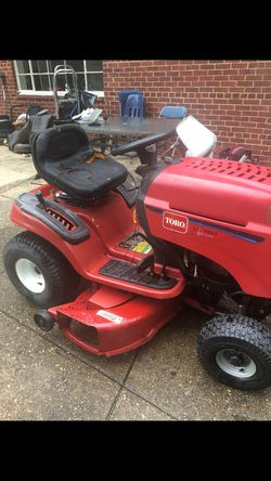 TORO LX 460 TWIN CAM RIDING LAWN TRACTOR for Sale in Annandale,  VA