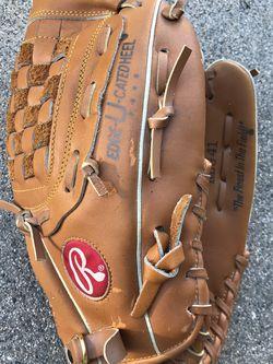 """Rawlings Baseball Glove 12.5"""" (RBG41) Tony Gwynn - Great Condition for Sale in Temecula,  CA"""