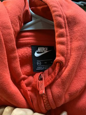 Red Nike hoodie XL for Sale in The Bronx, NY