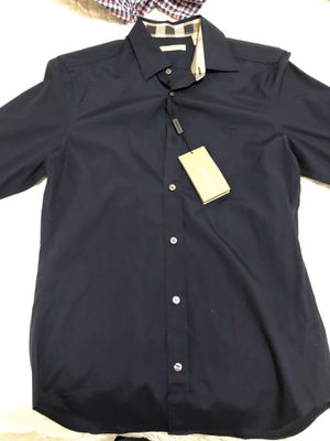 Burberry size Small regular fit for Sale in Toms River, NJ