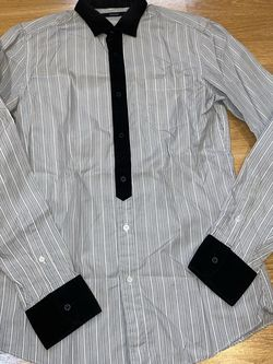 Gucci Men's M Grey Button Up Shirt for Sale in Portland,  OR