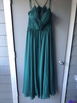Bridesmaid/Prom Dress Emerald Green w/ Pockets for Sale in Charlotte, NC