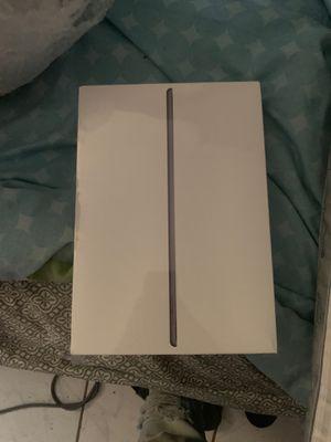 iPad Air 256 GB Space gray Wi-Fi for Sale in Tampa, FL