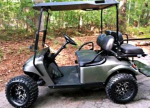 Price$1OOO EZ-GO TXT 2O17 Electric Golf Cart for Sale in Brooksville, FL
