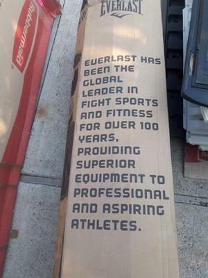 100 lb punching bag heavy bag for Sale in San Jose, CA