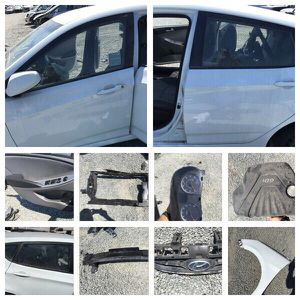 2014 Hyundai Accent parts for Sale in San Diego, CA