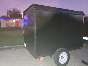 5x8 cargo box enclosed trailer for Sale in Orlando, FL