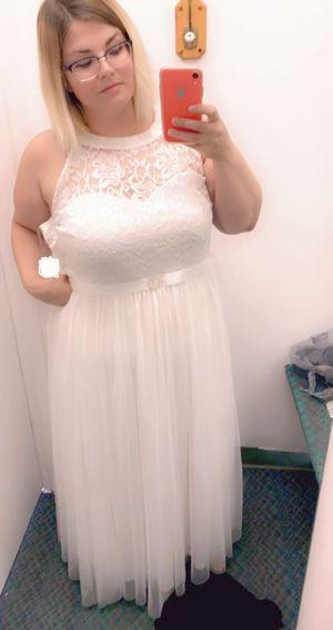 Wedding dress size 18/ 2X for Sale in Dallas, TX