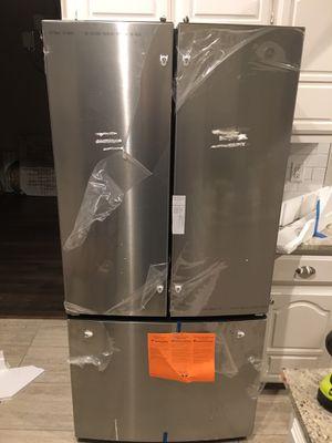GE Refrigerator for Sale in Carrollton, TX