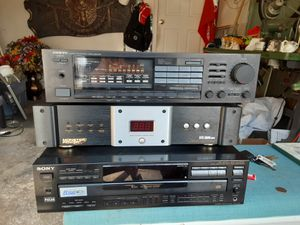 Home theater equipment high end for Sale in Baldwin, NY
