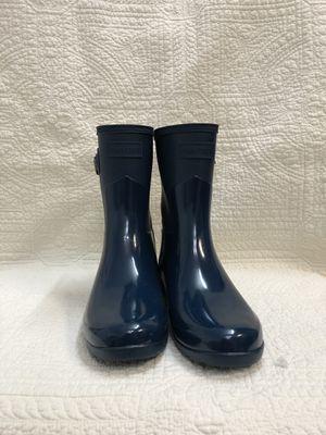 Hunter rain boots size 6 for Sale in Chino, CA