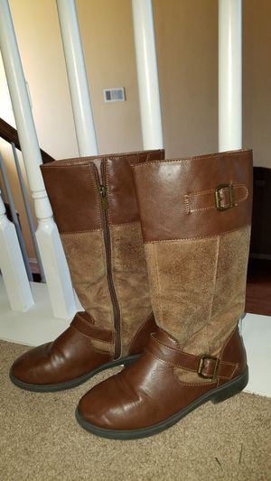 Girls boots for Sale in Wylie, TX